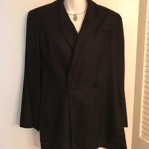 BEAUTIFUL EVAN-PICONE BLAZER IN BLACK